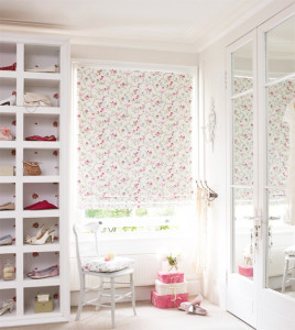 Roman Blinds Can Add Style to Any Bedroom